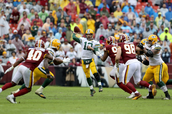 http://www4.pictures.zimbio.com/gi/Aaron+Rodgers+Green+Bay+Packers+vs+Washington+NuVoAp0zTLYl.jpg