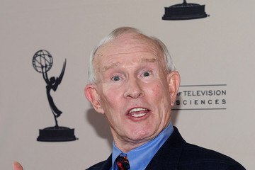 Tommy smothers academy of television s quot bob newhart celebrates 50