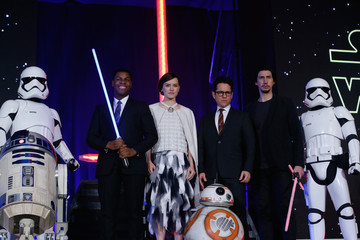 Adam Driver Daisy Ridley 'Star Wars: The Force Awakens' Red Carpet Fan Event in Japan
