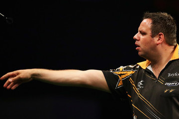 Adrian Lewis Betway Premier League Darts - Rotterdam
