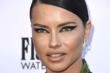 Adriana Lima The Daily Front Row's 5th Annual Fashion Los Angeles Awards - Arrivals