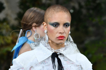 Adwoa Aboah Chanel : Runway - Paris Fashion Week Womenswear Spring/Summer 2018