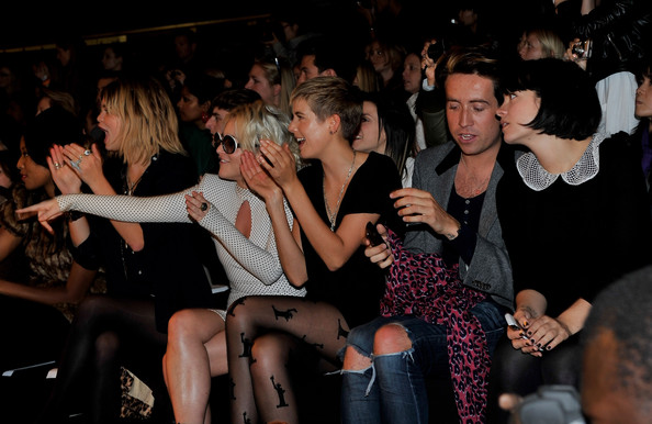 agyness deyn 2011. Nick Grimshaw and Agyness Deyn
