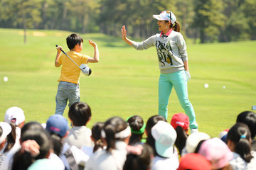 Ai Miyazato World Ladies Championship Salonpas Cup - Round Three