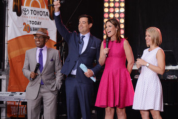 Al Roker Dylan Dreyer James Taylor Performs on NBC's 'Today'