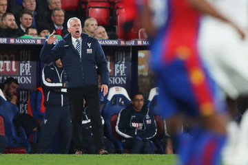 Alan Pardew Crystal Palace v Manchester United - Premier League