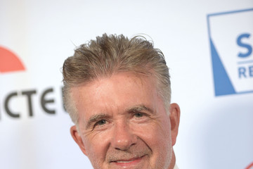 Alan Thicke 'Cool Comedy - Hot Cuisine' to Benefit the Scleroderma Research Foundation - Red Carpet