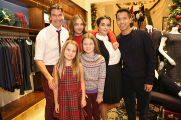 Alanna Masterson Brooks Brothers Celebrates the Holidays With St. Jude Children's Research Hospital