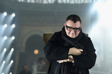 Alber Elbaz Lanvin : Runway - Paris Fashion Week - Menswear F/W 2015-2016