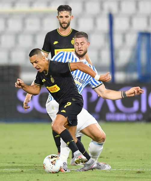 SPAL v FC Internazionale - Serie A [player,sports,soccer player,sports equipment,football player,soccer,team sport,ball game,sport venue,football,alexis sanchez,football player,player,soccer player,ball,sports,spal,fc internazionale,serie a,match,tournament,championship,competition,stadium,team,ball,football player]