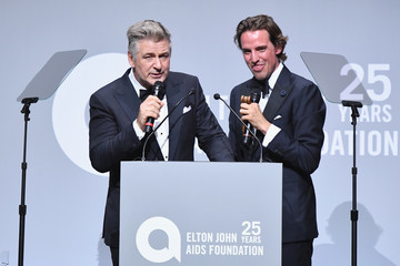 Alec Baldwin Elton John AIDS Foundation Commemorates Its 25th Year and Honors Founder Sir Elton John During New York Fall Gala - Show