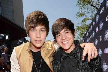 Alex Constancio 2013 Young Hollywood Awards Presented By Crest 3D White And SodaStream / The CW Network - Red Carpet
