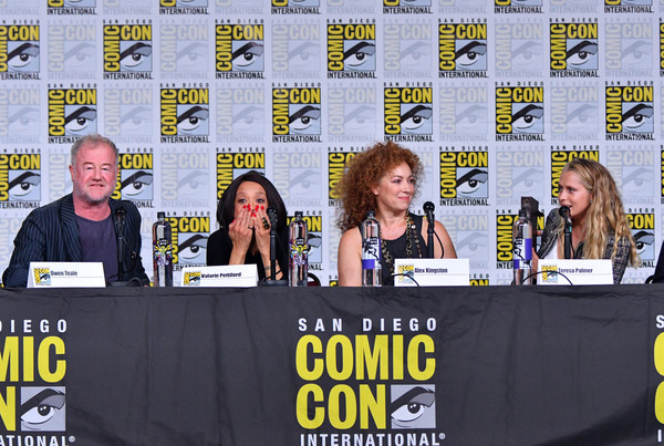 Comic-Con International 2018 - SYFY WIRE Hosts The Great Debate [yellow,event,fiction,news conference,comics,stage equipment,publication,teresa palmer,alex kingston,owen teale,valarie pettiford,panel,l-r,san diego convention center,california,comic-con international 2018 - syfy wire hosts the great debate,a discovery of witches]