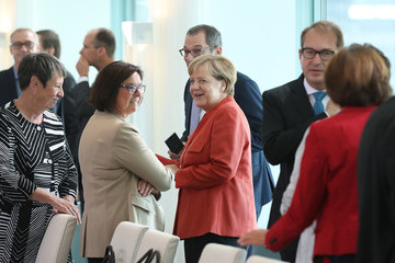 Alexander Dobrindt Merkel Meets With Mayors Over Diesel Scandal