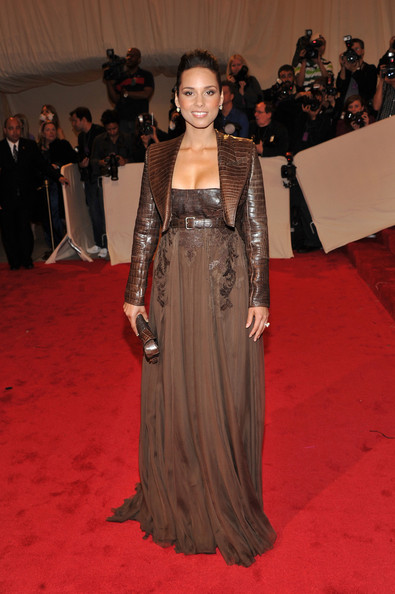 "Musician Alicia Keys attends the ""Alexander McQueen: Savage Beauty"" Costume Institute Gala at The Metropolitan Museum of Art on May 2, 2011 in New York City."