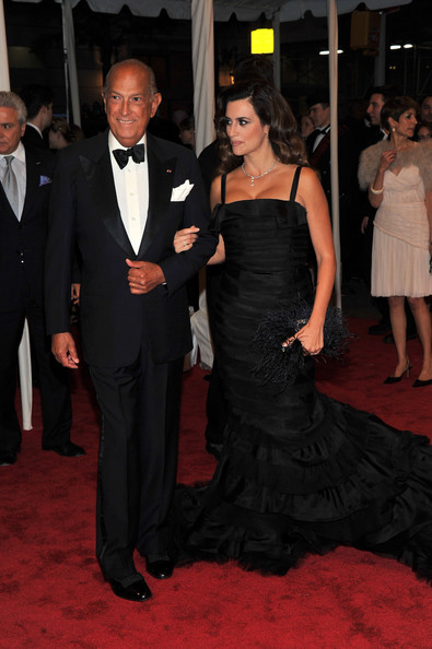 "Designer Giorgio Armani and actress Penelope Cruz attend the ""Alexander McQueen: Savage Beauty"" Costume Institute Gala at The Metropolitan Museum of Art on May 2, 2011 in New York City."