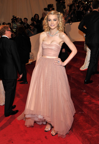 "Model Jessica Stam attends the ""Alexander McQueen: Savage Beauty"" Costume Institute Gala at The Metropolitan Museum of Art on May 2, 2011 in New York City."