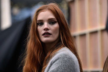 Alexina Graham Le Defile L'Oreal Paris Backstage - Paris Fashion Week Womenswear Spring/Summer 2018