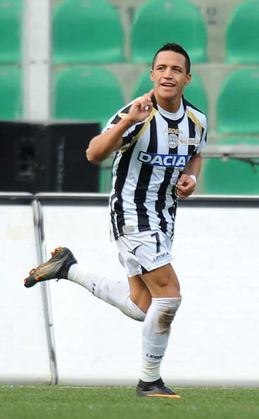 Alexis Sanchez Alexis Sanchez of Udinese celebrates his second goal (0-3) during the Serie A match between US Citta di Palermo and Udinese Calcio at Stadio Renzo Barbera on February 27, 2011 in Palermo, Italy.