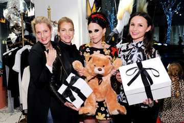 Ali Wentworth alice + olivia by Stacey Bendet x GOOD+ Foundation Toy Drive Kick-Off