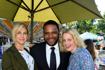Ali Wentworth Jessica and Jerry Seinfeld Host GOOD+ Foundation's 2016 Bash Sponsored by Beautycounter, Hearst and Johnson & Johnson - Inside