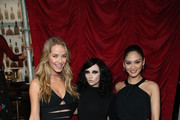 (L-R) Miss USA 2015 Olivia Jordan, deisgner Stacey Bendet and Miss Universe 2015 Pia Wurtzbach attend the alice + olivia by Stacey Bendet Fall 2016 presentation at The Gallery, Skylight at Clarkson Sq on February 16, 2016 in New York City.