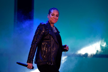 Alicia Keys We Can Survive 2014