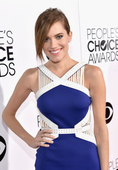 Allison Williams - Arrivals at the People's Choice Awards — Part 2