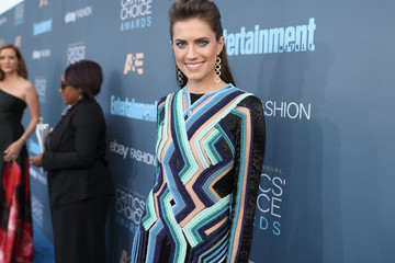 Allison Williams The 22nd Annual Critics' Choice Awards - Red Carpet