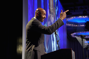 Alonzo Mourning 32nd Annual Great Sports Legends Dinner to Benefit the Miami Project/Buoniconti Fund to Cure Paralysis - Dinner