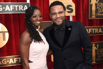 Alvina Stewart The 23rd Annual Screen Actors Guild Awards - Red Carpet