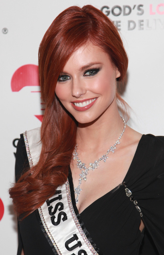 alyssa campanella, miss usa 2011. - Página 5 Alyssa+Campanella+2011+Golden+Heart+Awards+TwqPPt3n5G5x