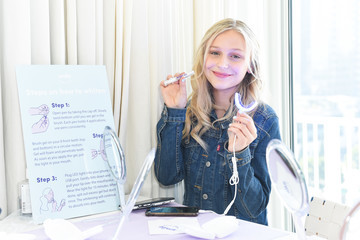 Alyvia Alyn Lind SmileDirectClub Invites Celebrities And Influencers To Join Them At TMG's Pre-Oscars Lounge Party At The Beverly Hilton Hotel To Get Them Red Carpet-Ready With Its Premium Teeth Whitening Bar And New Line Of Oral Care Products
