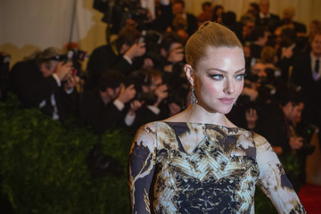 Amanda Seyfried 'PUNK: Chaos to Couture' Costume Institute Gala