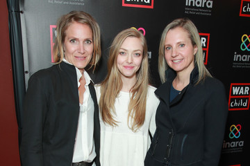 Amanda Seyfried Good For A Laugh Comedy Fundraiser To Support Children Affected By War