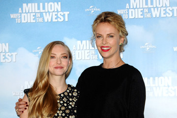 Amanda Seyfried 'A Million Ways to Die in the West' Photo Call