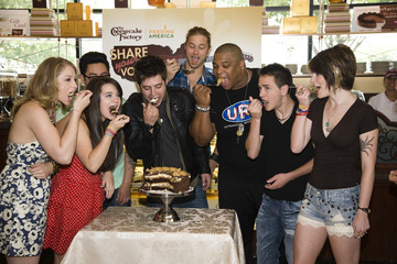 Michael Lynche American Idols Celebrate National Cheesecake Day at The Cheesecake Factory
