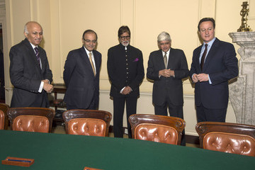 Amitabh Bachchan David Cameron Receives Indian Delegation As Gandhi Statue Is Unveiled In London