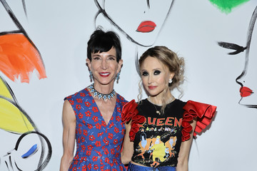 Amy Fine Collins alice + olivia By Stacey Bendet - September 2021 - New York Fashion Week: The Shows