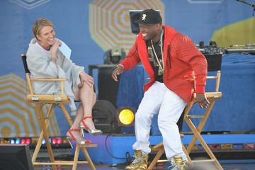 Amy Robach 50 Cent Performs on 'GMA'