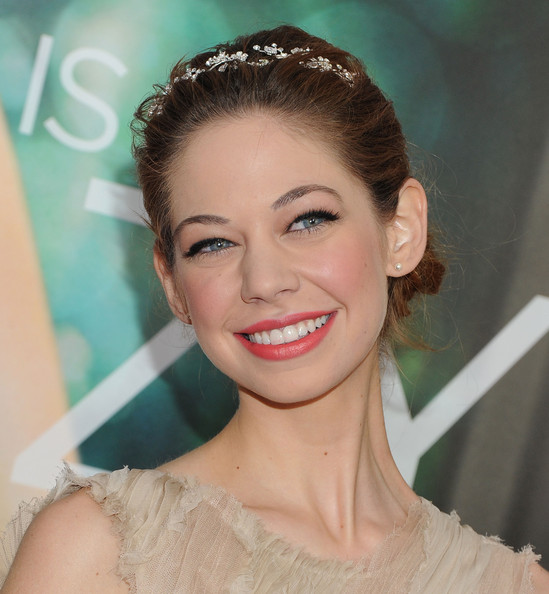 Analeigh Tipton Net Worth
