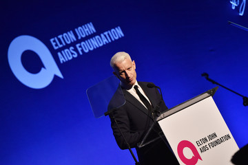 Anderson Cooper 14th Annual Elton John AIDS Foundation and Enduring Vision Benefit - Show