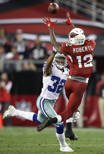 Andre roberts pictures dallas cowboys v arizona for Andre robert