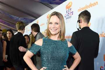 Andrea Barber Nickelodeon's 2017 Kids' Choice Awards - Red Carpet
