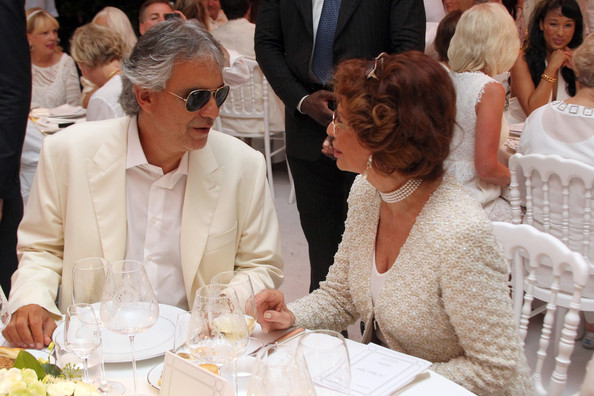 Andrea Bocelli And Sophia Lauren Photos Photos Celebrity Fight