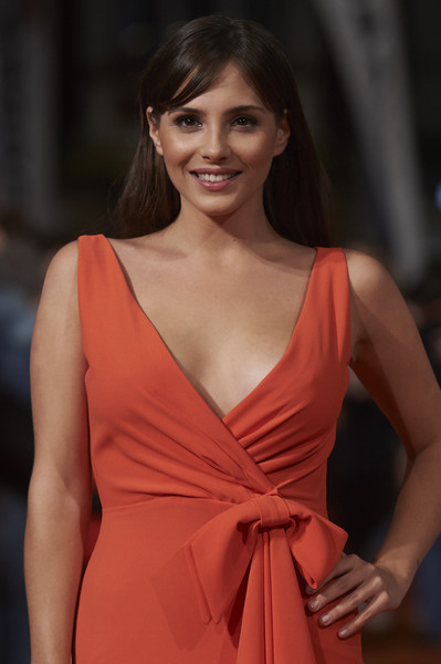 Ana de armas party and lies - 2 7