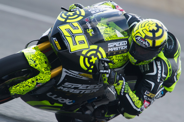 http://www4.pictures.zimbio.com/gi/Andrea+Iannone+Moto2+125cc+IRTA+tests+Day+sbft8c7Drl_l.jpg