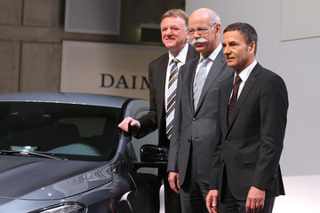 Andreas Renschler Daimler AG Announces Financial Results For 2012