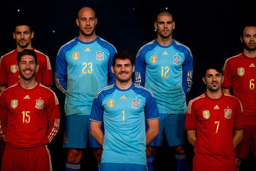 Andres Iniesta Victor Valdes Spanish Football Team Outfits Presented