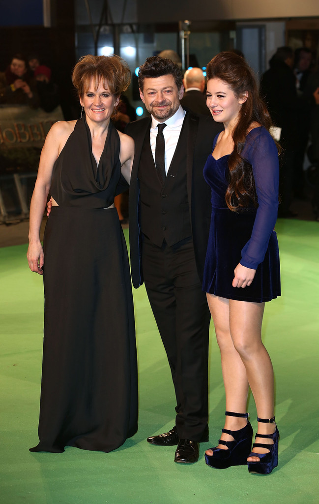 http://www4.pictures.zimbio.com/gi/Andy+Serkis+Hobbit+Unexpected+Journey+Royal+f5LMgeyZWrpx.jpg